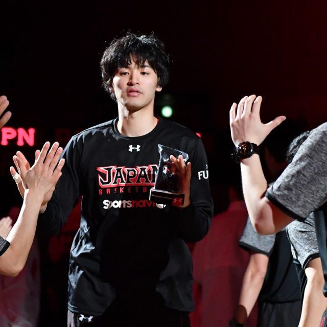 選手入場時の#20 西川 貴之選手(レバンガ北海道)