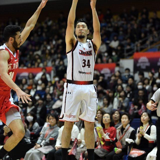 シュートを打つ#34 小野 龍猛選手(千葉ジェッツ)